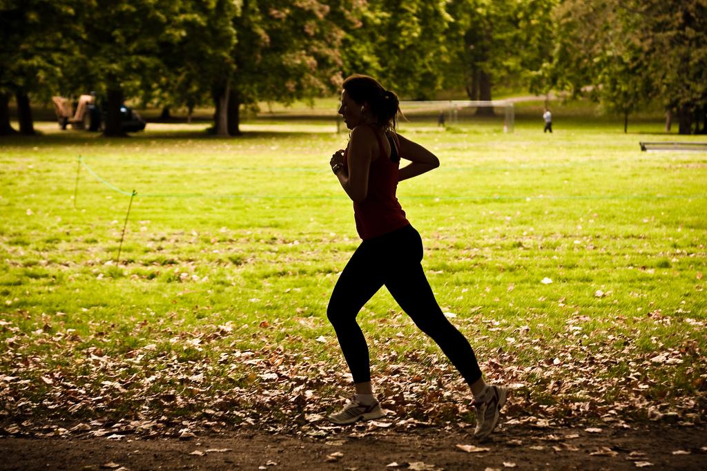 Runner by Garry Knight on Flickr